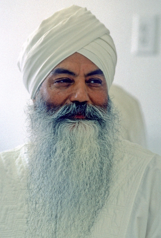 Portrait of Yogi Bhajan_1986_Kundaliniyoga