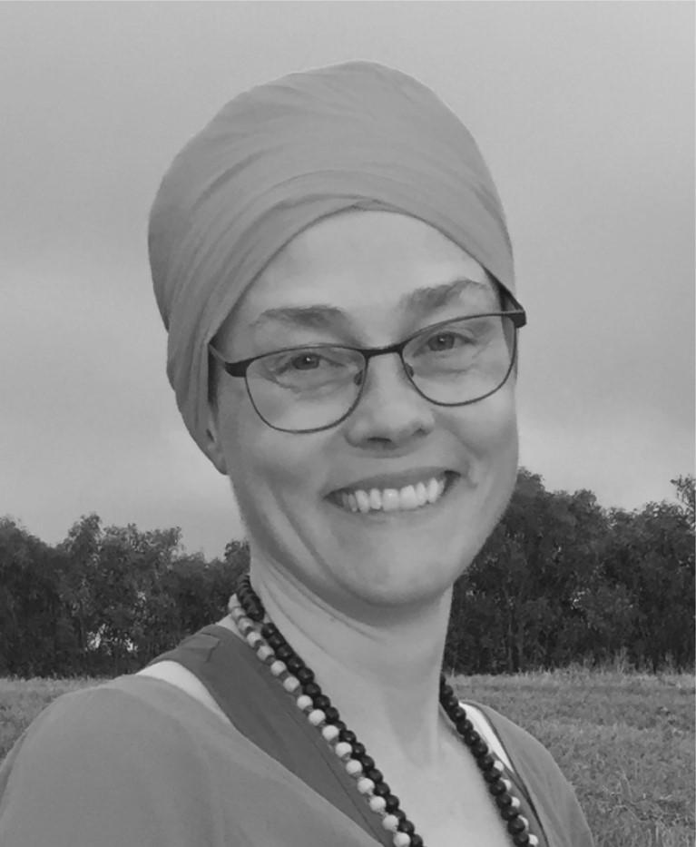 Elenor Saranraj Kaur Öster ordförande
