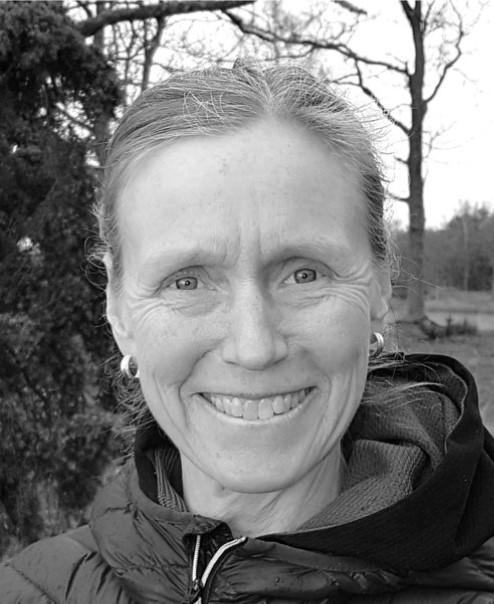 Kundaliniyogalärare Karin Eriksson